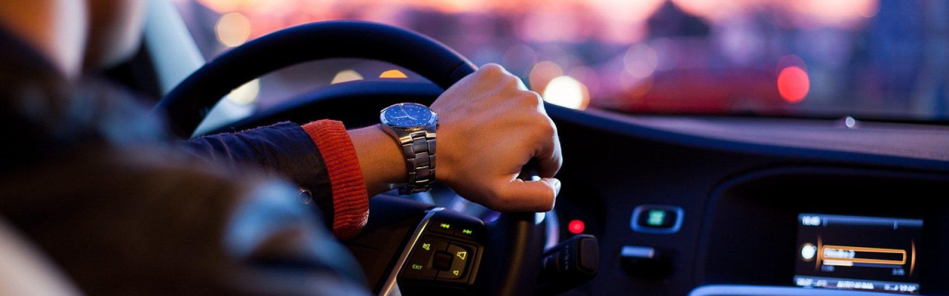 Acheter son véhicule auprès d'un mandataire auto : quels avantages ?